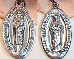 Vintage Medal Our Lady of Mt. Carmel Sacred heart of Jesus (Image1)