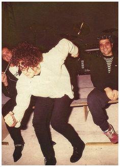 SODA STEREO: - 14 Gran Rex Canción Animal #25Años - Producción fotográfica para… Soda Stereo, Zeta Bosio, Rock Argentino, 80s Rock, Film Music Books, Post Punk, Past Life, Singer, Retro