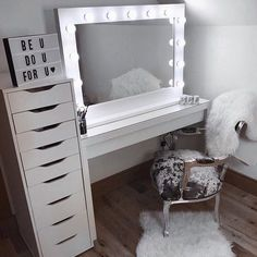 Audrey Hollywood Mirror in White Gloss 80 x We love dressing table featuring our Audrey Hollywood Mirror. Hollywood Mirror In White Gloss Hollywood Vanity Mirror, Lighted Vanity Mirror, Dressing Table Hollywood Mirror, Glam Mirror, Ikea Mirror, Lights Around Mirror, Makeup Mirror With Lights, Make Up Mirror, Home Decor