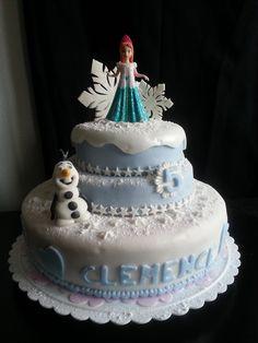 Gâteau reine des neiges Frozen cake
