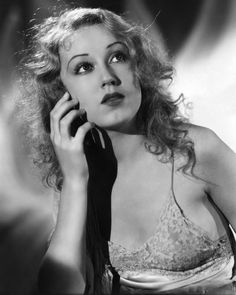 """""""Sometimes I worked with just a background of a rock or a tree or black velvet, and just had to imagine the whole thing."""" - Fay Wray"""