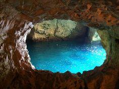 La impresionante belleza de las cuevas y grutas deRosh Hanikra, al borde del siempre impresionante Mar Mediterráneo