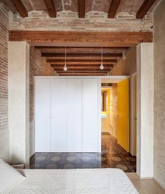 012-writers-apartment-sergi-pons-architects