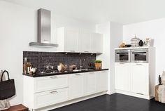 Beleef hier de Keukencollectie 2014 van Keuken Kampioen Small Kitchen Layouts, Kitchen Ideas, Nordic Kitchen, Little Kitchen, Kitchen Styling, Kitchen Interior, Home Kitchens, Sweet Home, New Homes