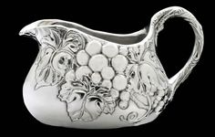 Grape Gravy Boat from Arthur Court in Gainesvile, FL from Kitchen & Spice
