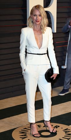 Naomi Watts from 2015 Oscars After-Party Looks (Plus Viewing Parties!) Naomi Watts from 2015 Oscars Naomi Watts Hair, Naomi Watts Oscars, Armani Suits, Oscar Dresses, White Suits, Vanity Fair Oscar Party, Party Looks, Red Carpet Fashion, Suits For Women