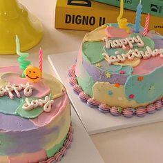 Pretty Birthday Cakes, Pretty Cakes, Beautiful Cakes, Amazing Cakes, Sweet Cakes, Baby Cakes, Korean Cake, Pastel Cakes, Just Cakes