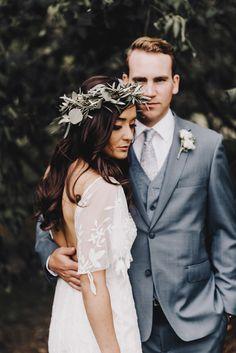 We're big fans of this rustic + romantic wedding in Minnesota| Image by  Matt Lien