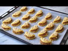Elmalı tatlılar en çok sevilen ve gerçekten çok yapılan tatlı tarifinin ayrıntılı yapılışı karşınızda. Şekli son derece kolay ve zaman almadan yapılan, Pasta Cake, Turkish Recipes, Meatloaf, Doughnut, Waffles, Biscuits, Recipies, Muffin, Cooking Recipes