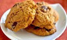 Galletas de calabaza es una de las mejores y más deliciosas recetas de galletas que podrás degustar. Anímate a fascinar a tus niños con una deliciosa receta Pumpkin Recipes, Veggie Recipes, Sweet Recipes, Real Food Recipes, Cookie Recipes, Super Cookies, Yummy Cookies, Healthy Baking, Healthy Desserts