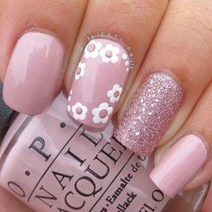 Best Floral Nail art Designs - The most beautiful nail designs Pink Nail Art, Floral Nail Art, Cute Nail Art, Glitter Nail Art, Pink Nails, Sparkly Nails, Pink Glitter, Blue Nail, White Nail