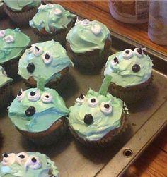 Alien cupcakes adorbs!