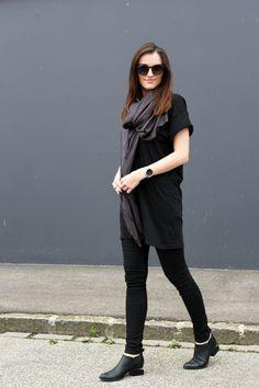 1674de083149 silk scarf diy total black look alexander wang kori ankle boots
