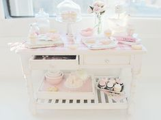 Sweets Table + Pretty In Pink (by Kim Saulter)