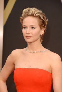 Jennifer Lawrence - Pixie Cut, Soft Liner, Nude Lips
