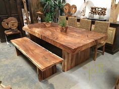 Solid Wood Table – Root Table - Unique - Log Table - Dining Table images ideas from Home Table Ideas Real Wood Furniture, Solid Wood Furniture, Rustic Furniture, Furniture Design, Cabin Furniture, Western Furniture, Furniture Outlet, Garden Furniture, Wooden Dining Table Designs