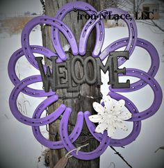 horseshoe welcome wreath Welding Projects, Diy Projects, Horseshoe Wreath, Welcome Wreath, Metal Flowers, Flower Fashion, Pick One, How To Better Yourself, Diy Tools