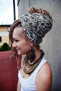 sweet dreads ! i secretly or not so secretly want them !