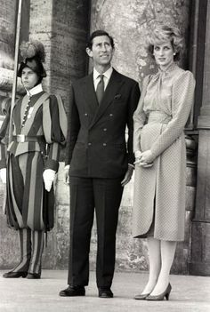 1985-04-29 Diana and Charles tour The Vatican in Rome after their private audience with Pope John Paul II