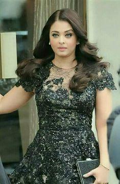 Beautiful Women Over 40, Aishwarya Rai Bachchan, Jennifer Winget, Beauty Queens, Short Sleeve Dresses, Formal Dresses, Black, Tops, Fashion