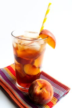 Sweet Peach Iced Tea - Erren's Kitchen