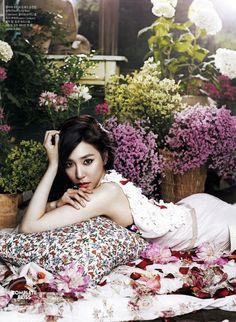 SNSD's Tiffany // CeCi Korea // August 2013