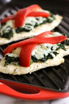 Grilled chicken topped with sauteed garlicky spinach, mozzarella and roasted peppers – a quick and easy chicken dish your family will love!