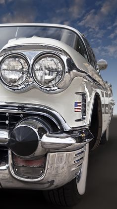 1958 Cadillac (Hot August Nights in Reno next week, Can hardly wait to go) Cadillac, Retro Cars, Vintage Cars, Antique Cars, American Classic Cars, Us Cars, Car Photography, Amazing Cars, Car Car
