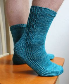 Knitting Socks, Hand Knitting, Knit Socks, Winter Socks, Boot Cuffs, One Color, Colour, Yarn Colors, Knit Patterns