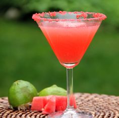 Watermelon Poptini cups fresh seedless watermelon (cut into cubes about ½-inch in diameter) ¼ cup watermelon vodka 2 tablespoons honey + more for glass rim 1 lime, juiced 2 small packages watermelon Pop Rocks) Refreshing Drinks, Summer Drinks, Fun Drinks, Mixed Drinks, Drinks Alcohol, Alcohol Recipes, Alcoholic Beverages, Juice Recipes, Watermelon Martini