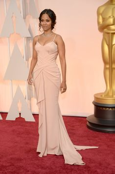 Zoe Saldana in Atelier Versace at the Oscars 2015: Celebrity Fashion—Live from the Red Carpet – Vogue