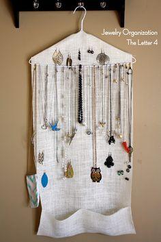 EASY jewelry organizer