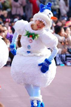 Disney Christmas, A Christmas Story, Theme Park Outfits, Tokyo Disney Sea, Sanrio, Snow Globes, Snowman, Cosplay, Costumes