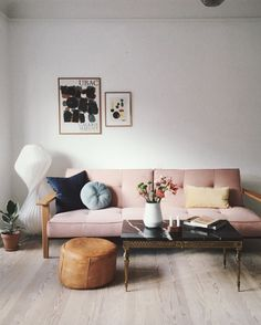 room with pale pink sofa bed in an Artful And Relaxed Apartment In Aarhus., Living room with pale pink sofa bed in an Artful And Relaxed Apartment In Aarhus., Living room with pale pink sofa bed in an Artful And Relaxed Apartment In Aarhus. Aarhus, Pink Sofa Bed, Living Room Designs, Living Room Decor, Living Room And Bedroom In One, Living Room Sofa, Living Area, Living Rooms, Rosa Sofa