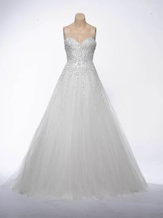 """7 useful tips you will learn by watching """"Say Yes To The Dress"""" http://www.huffingtonpost.com/brides/7-things-youll-learn-abou_b_9203358.html"""