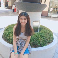 Korean Beauty Girls, Korean Girl Fashion, Ulzzang Fashion, Ulzzang Korean Girl, Cute Korean Girl, Asian Girl, Girl Group Pictures, Cool Girl Pictures, Ideal Girl
