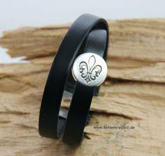 104 Wickelarmband 2fach Leder schwarz Lilie