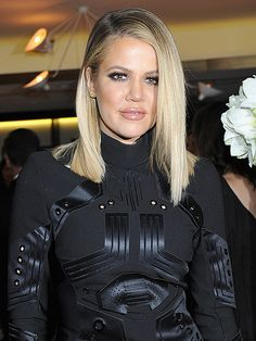 Khloé Kardashian Gives Update on Her Staph Infection: 'Quarantine Is Over!' http://www.people.com/article/khloe-kardashian-staph-infection-quarantine-over