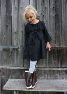 Jolie tenue. via @deuxpardeuxKIDS
