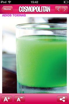 Adiós toxinas!!! Toma esta bebida cada 3 días en ayunas después del día que comiste eso que no le favorece a tu cutis . preparación :un jugo de limón, una cucharada de clorofila líquida, medio vaso de agua, medio vaso de jugo de sábila ,los mezclas todos. Te ayuda a limpiar el intestino y a tener una hermosa piel.