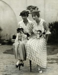 Peggy Guggenheim and Benita Guggenheim at the Dog Show of the Westchester Kennel Club at Gedney Farms in New York, 1919