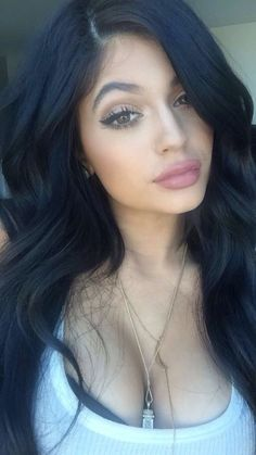 Kylie Jenner and her beautiful makeup!