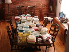 This is my (Leann's) Pyrex collection.  I love finding these at thift stores and garage/yard sales.