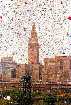 In 1986, United Way of Cleveland released nearly 1.5 million balloons at Balloonfest '86. Lawsuits from traffic accidents, an airport shutdown, and interference with a Coast Guard rescue operation led to a net loss for the organization.
