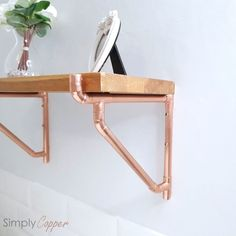 Best Garden Decorations Tips and Tricks You Need to Know - Modern Diy Wooden Projects, Wooden Diy, Creative Furniture, Copper Shelf Brackets, Copper Shelf, Copper Taps, Shelves, Hot Tub Garden, Support Handmade