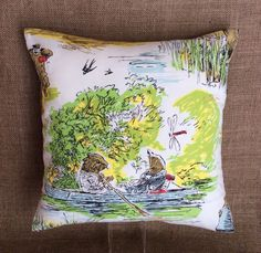 """Vintage Fabric Cushion """"Wind In The Willows"""" 1908 illustration By Ernest H Shepherd 40cmx40cm Complete With Interior"""