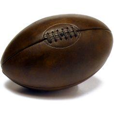 Ancien ballon de foot en cuir fonc id e cadeau ben et flo bureau pin - Ballon de rugby en cuir ...