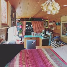 @glampervanlucy I ❤️ you. Great job guys. And the doggie den is perfect... FYI doggie den picture was a few post back on @glampervanlucy insta you should check it out. #VanCrush #vanlife