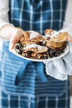 De allerlekkerste glutenvrije pannenkoekjes! Kokos banaan pannenkoekjes (zonder bloem) http://simoneskitchen.nl/kokos-banaan-pannenkoekjes-zonder-bloem/