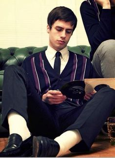 @Merc_Clothing Well Dressed Wednesday - A sharp look and a bit of vinyl, spot on !